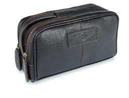 Luxury leather washbag